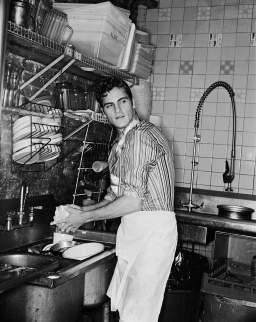 Joaquin Phoenix, 1996 © George Holz